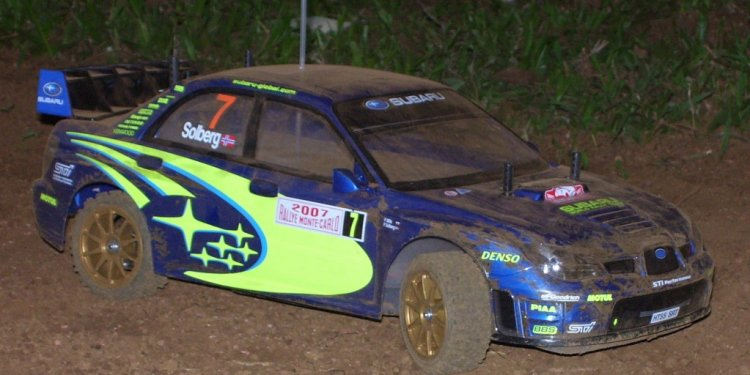 Tamiya_Subaru_Rally_RC_Car